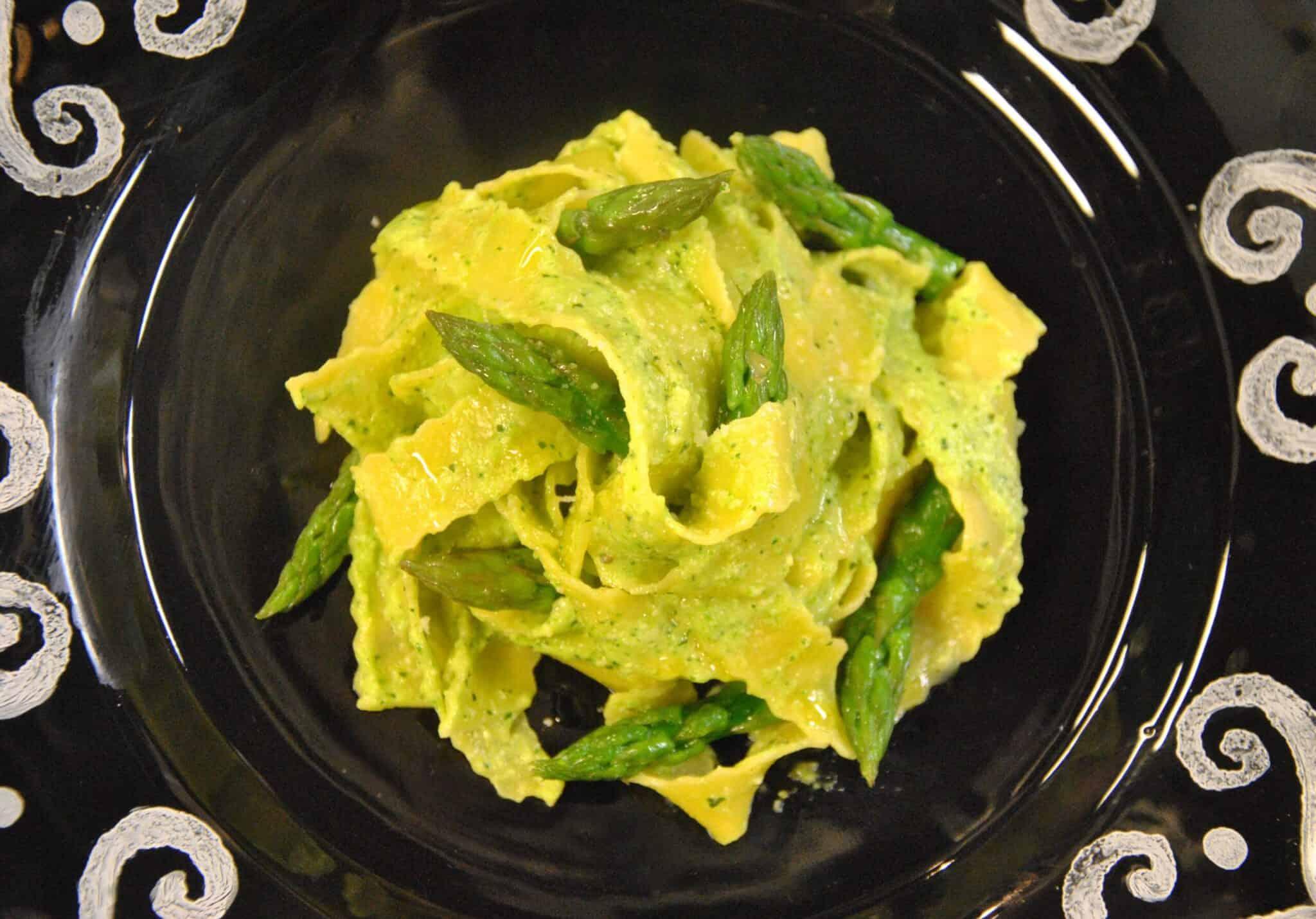 Pappardelle ricce agli asparagi_def
