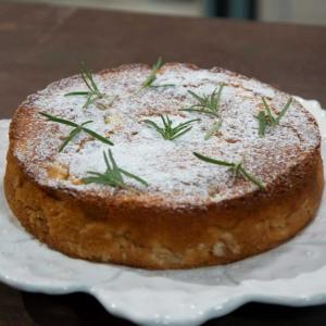 torta-di-mele-e-rosmarino